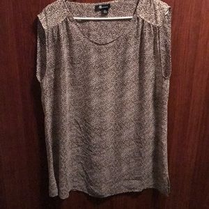 Sheer leopard print overlay sleeveless shirt